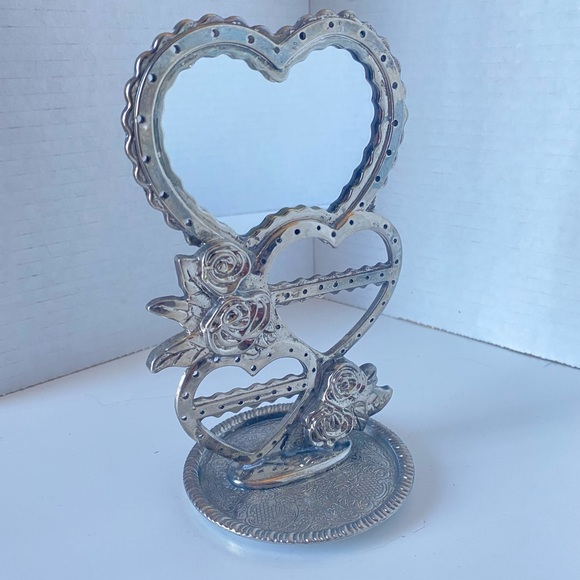Silver plated eighties earring holder with roses